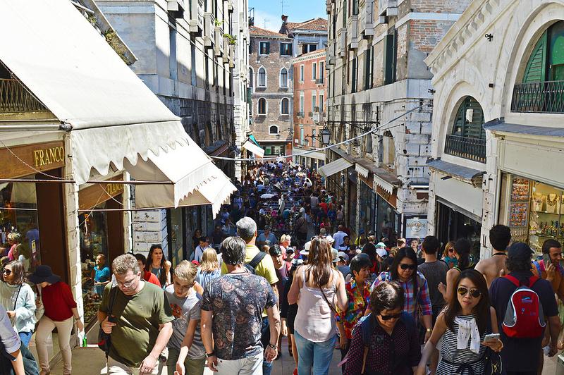 Venetië in de zomermaanden.
