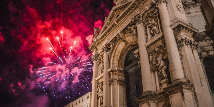 The Curious Story behind the Festa del Redentore in Venice