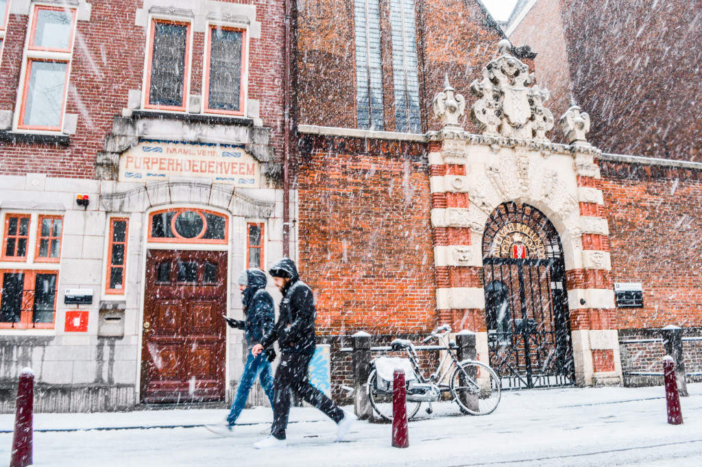 Snowy weather in Amsterdam