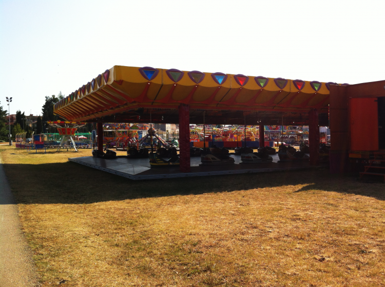 An amusement park that looks abandoned